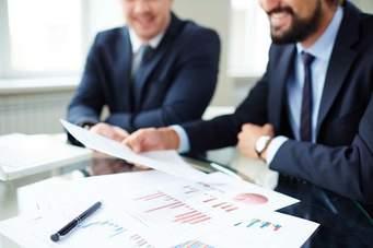چک لیست قراردادها: چگونه یک قرارداد را تجزیه و تحلیل کنید  چک لیست قراردادها: چگونه یک قرارداد را تجزیه و تحلیل کنید is 16